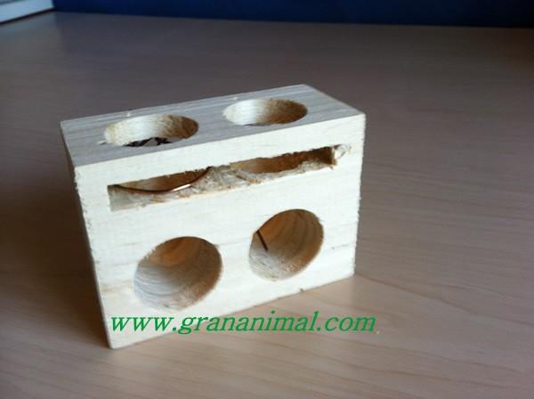 Cepo pequeño de madera para ratones